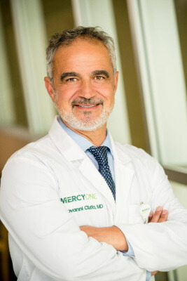 A picture of Giovanni B. Ciuffo, MD wearing his Mercy One doctor attire.